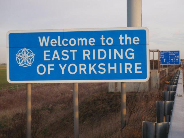 """East Riding of Yorkshire"" Boundary Road Sign - M18 J6-7"